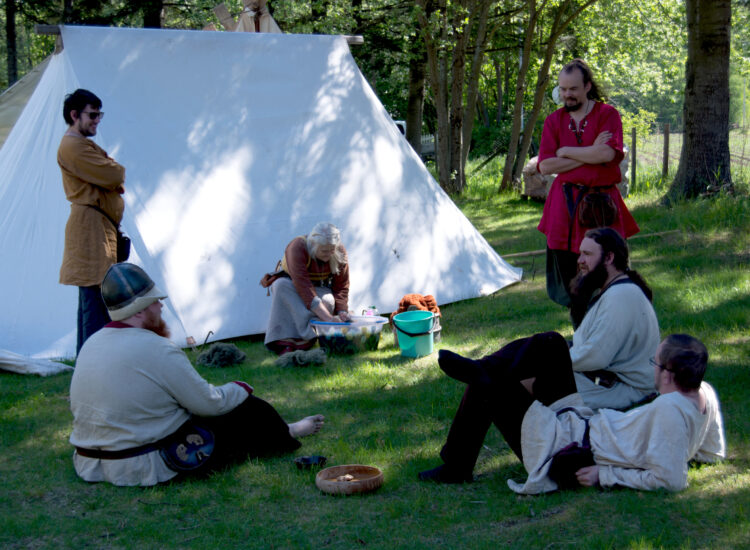 Vikings chilling in the shade