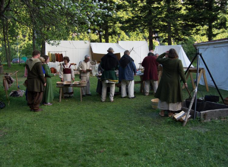 Vikings in line to get food
