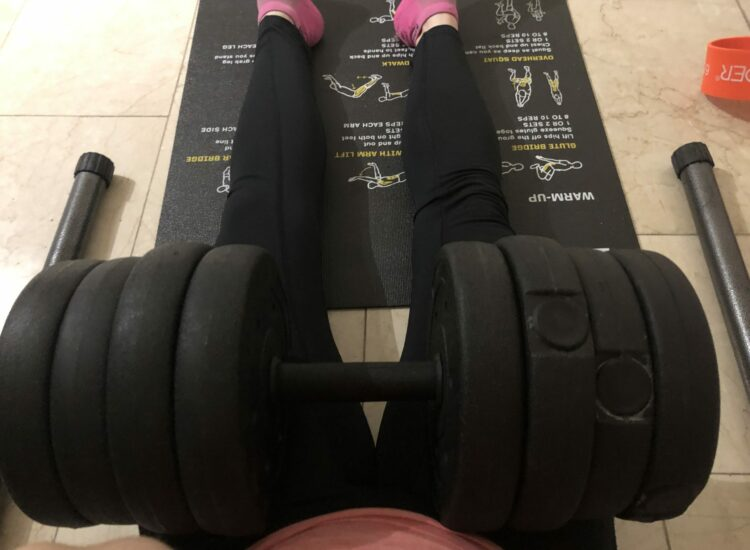 Hipthrust with dumbells